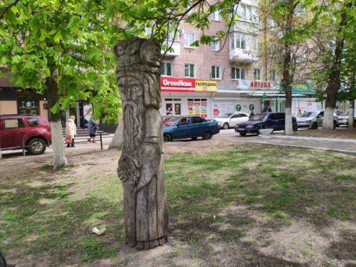деревянная скулиптура Клинцы