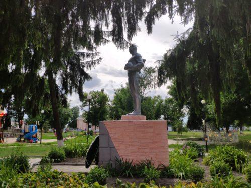 Погар памятник вторая мировая