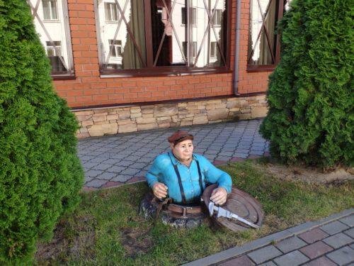 Клинцовские достопримечательности памятник арт объект