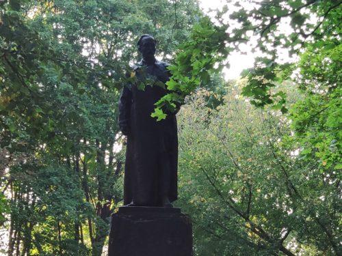 Памятник Дзержинскому. Клинцы.