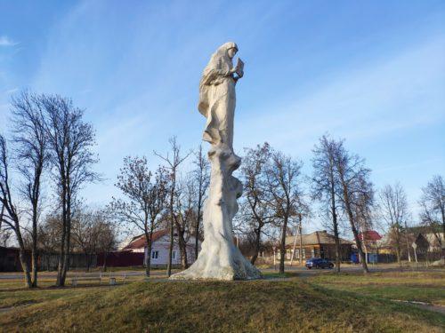 Памятник Явлению Иконы Богородицы Одигитрии. Новозыбков.