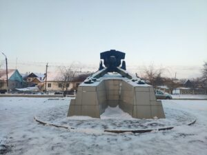 Сураж орудие памятник артиллеристам