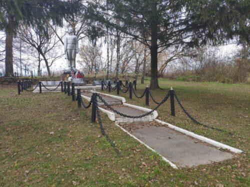 Мемориал ВОВ Стародубский район Дареевичи
