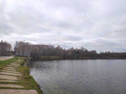 Водоем между Мохоновкой и Крапивной на реке Бабинец