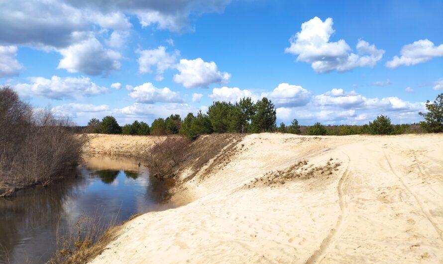 Красивый берег реки Унеча. Пляж. Лопатни.