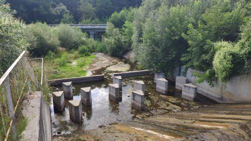 дамба на реке солова